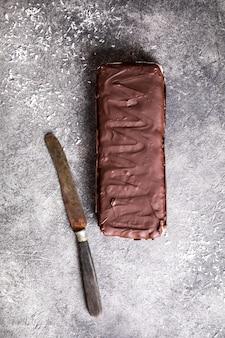 生の自家製チョコレートココナッツデザート。