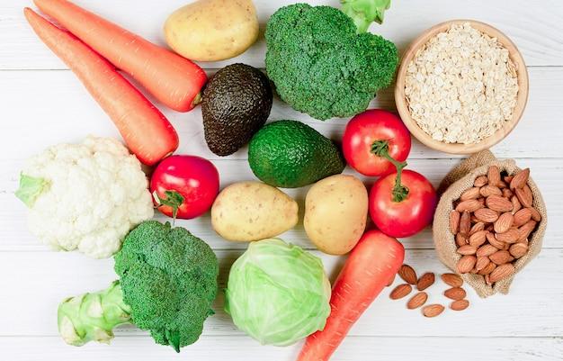 채식 요리를위한 원료. 저지방 및 고단백. 건강 식품 개념