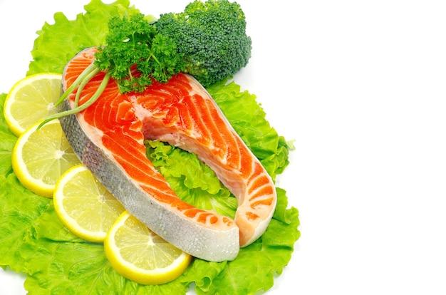 生鮭と香辛料を分離