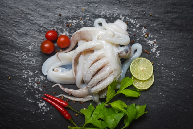 Raw squid with lemon herbs and spices