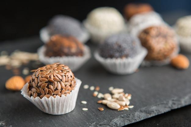 Raw vegan sweet cocao balls