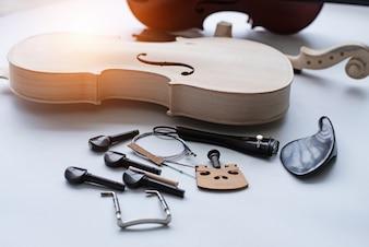 Raw violin and accessory