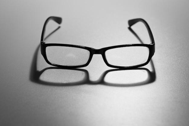 老眼鏡を読む