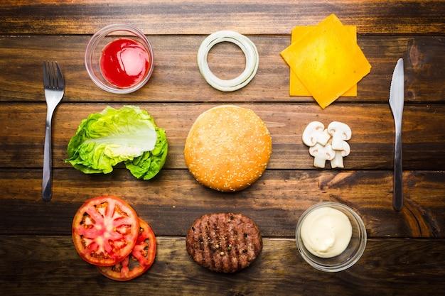 바로 먹을 수 있는 햄버거 재료