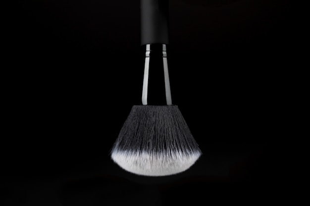 Ready-to-use makeup brush with white substance
