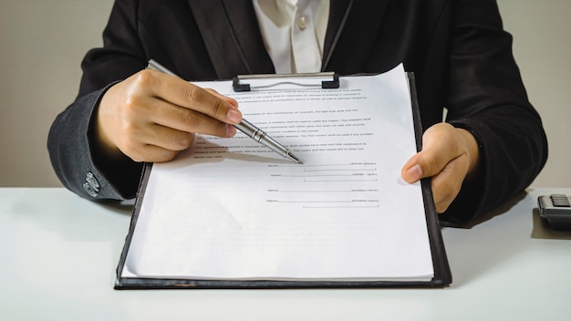 Real estate agents are submitting approved mortgage request forms to clients, sign real estate contracts, home mortgage loan ideas, and home insurance.