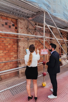 Real estate agents and scaffolding