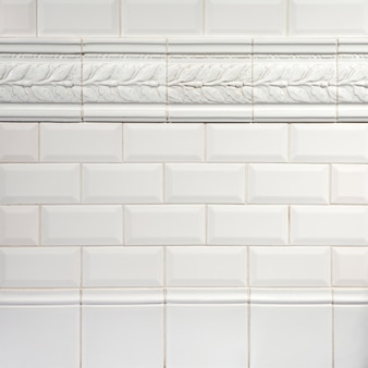 本物の自然な白い装飾的なインテリアセラミックテクスチャ背景