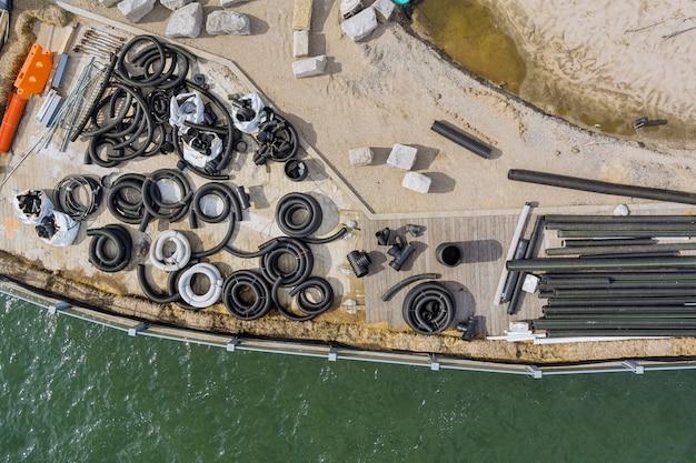 桟橋の地面を排水するためのスタックブラックpvc下水管の再建メンテナンス