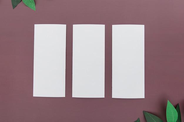 Прямоугольная коллекция брошюр