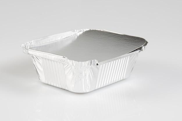 Rectangular shape of the foil for food aluminium utensils for baking