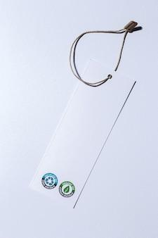ロゴ付きのリサイクル可能で有機的な段ボールラベル