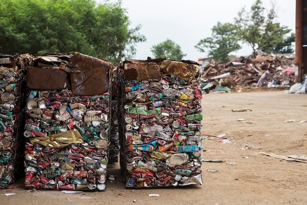 Recycle aluminium can in factory