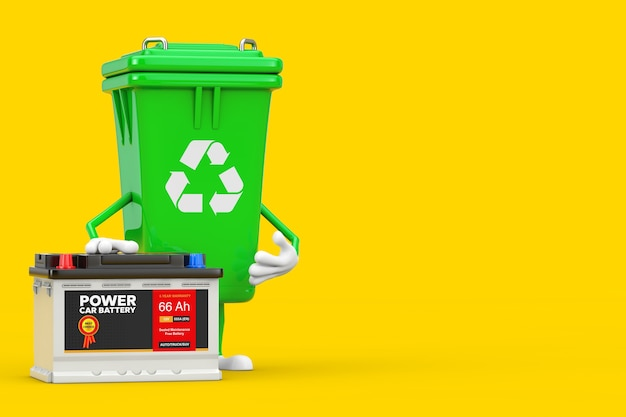 黄色の背景に抽象的なラベルが付いたリサイクルサインの緑のゴミ箱のキャラクターマスコットと充電式カーバッテリー12vアキュムレータ。 3dレンダリング