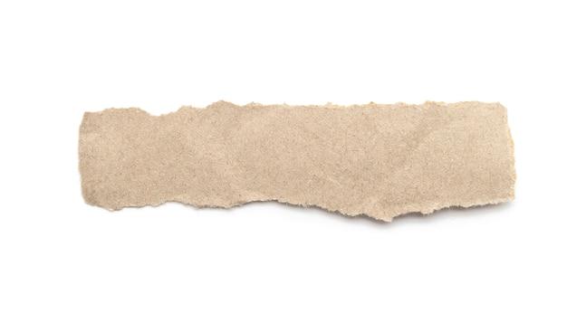 흰색 배경에 재활용 된 종이 공예 스틱.