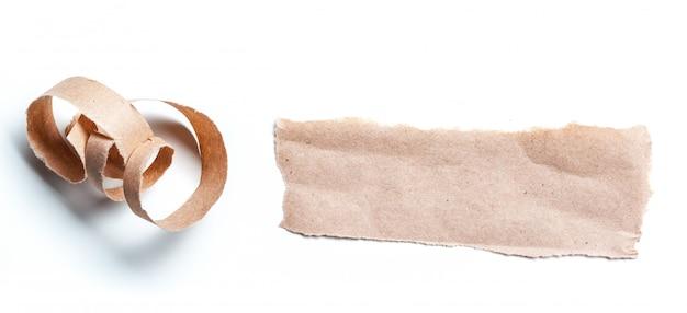 Вторичная бумага на белом