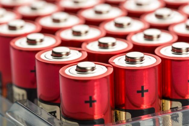 Красные батарейки аа