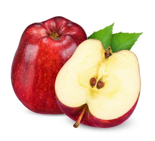빨간 사과 절반 흰색 배경에 고립