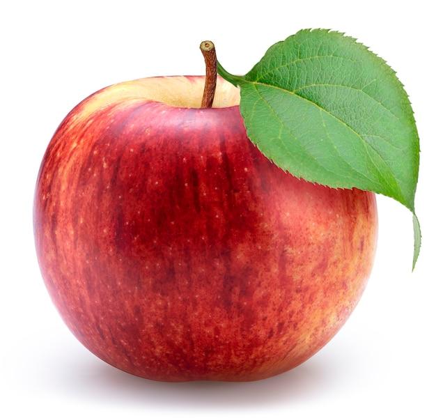 Красное яблоко на белизне с путем клиппирования.