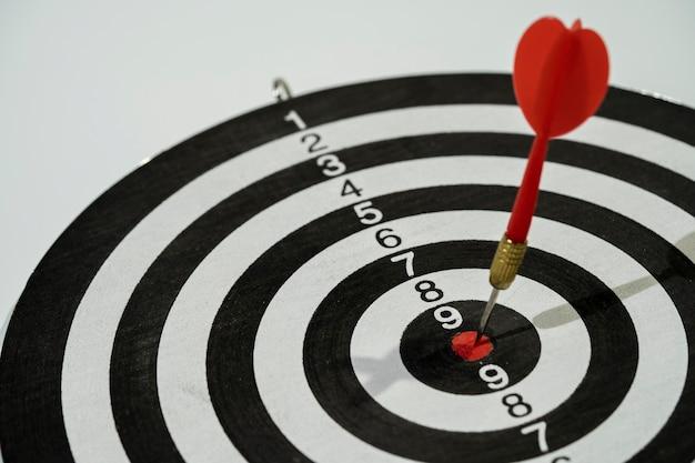 Red arrow in target
