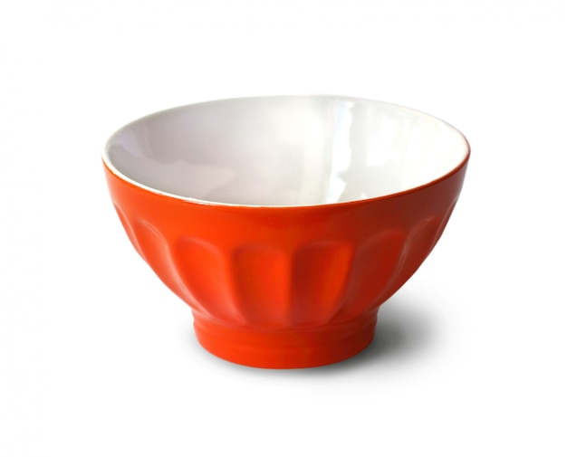 Красная чаша на белом фоне