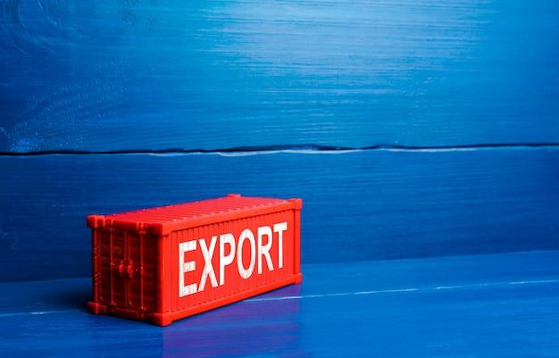 수출 단어로 빨간색 화물선 컨테이너입니다. 해외 시장에 상품 판매, 상업 세계화