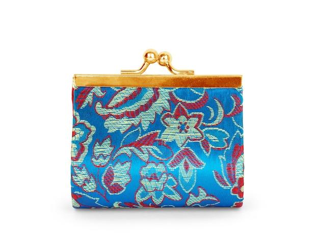白い背景で隔離の赤い現金財布。チャージ財布。空のコインウォレットを開く
