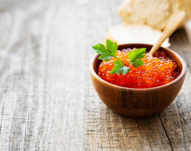 Red caviar in bowl