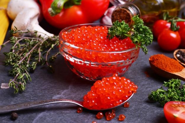 Красная икра со специями и овощами
