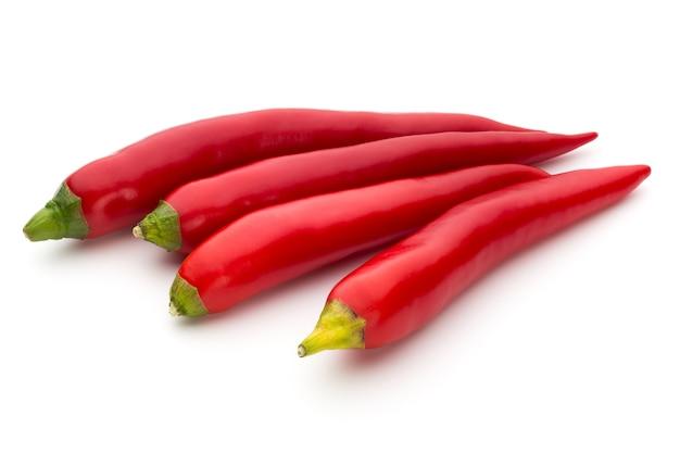 Красный перец чили, изолированные на белом