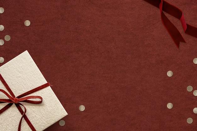 Красный рождественский фон баннера в социальных сетях с пространством дизайна