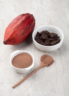 Red cocoa, cocoa powder and dark chocolate.