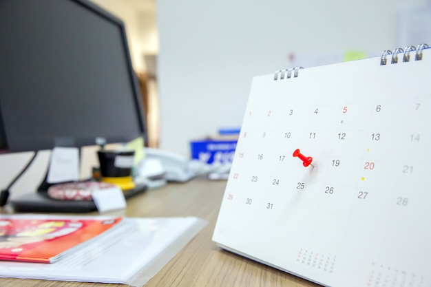 Red color pin on the calendar