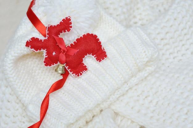 Красный олень рождественский флис ручной работы