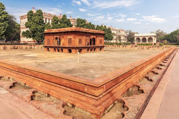 Red fort of delhi in india, famous zafar mahal building.