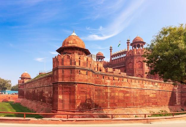 インドの赤い城、デリー、有名な要塞の眺め。