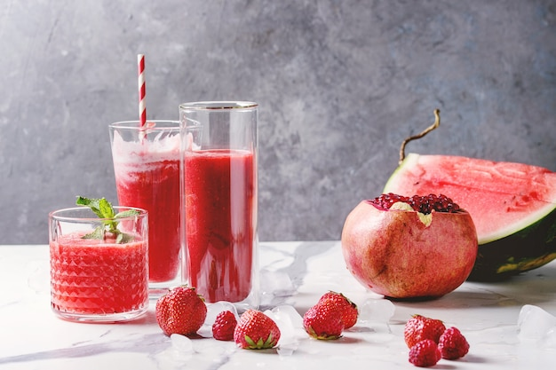 Red fruit cocktails or smoothies