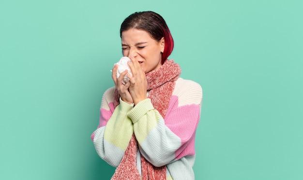 빨간 머리 차가운 아픈 여자. 독감 또는 기침 개념