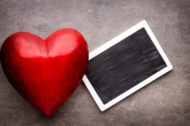Красный фон сердца
