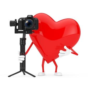 흰색 배경에 dslr 또는 비디오 카메라 짐벌 안정화 삼각대 시스템이 있는 레드 하트 캐릭터 마스코트. 3d 렌더링