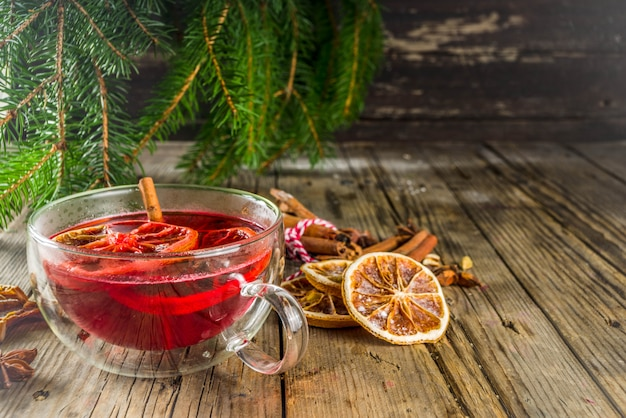 Red hibiscus roiboosh punch