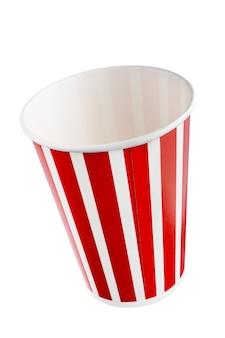수직선 패턴이 있는 빨간색 휴일 종이컵. + 클리핑 패스