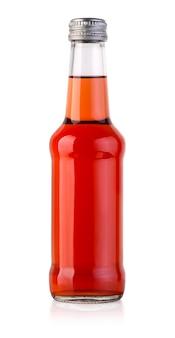 Бутылка красного сока на белом