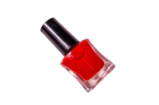 Красный лак для ногтей, изолированные на белом фоне