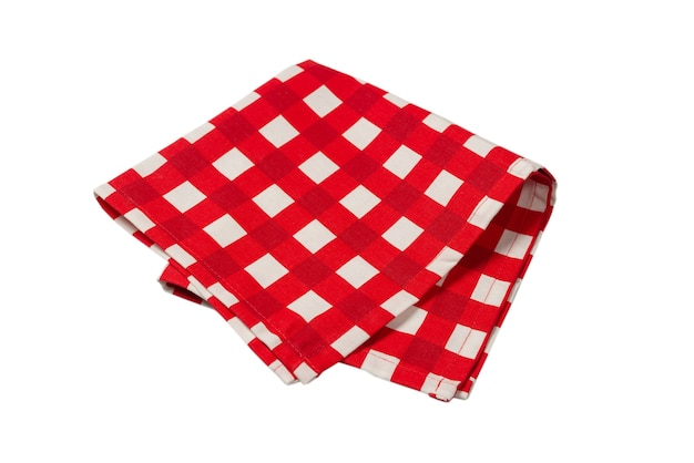 Красная салфетка на белом фоне. скопируйте пространство.