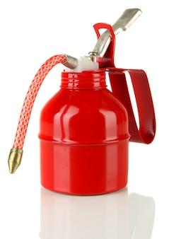 Красное масло может, изолированные на белой поверхности