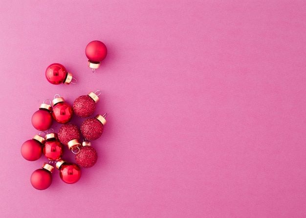 Red ornament christmas balls