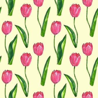 葉と赤ピンクのチューリップ。シームレスパターン。印刷、ファブリック、テキスタイル、壁紙のテクスチャ。黄色の手描きの水彩画とインクのイラスト