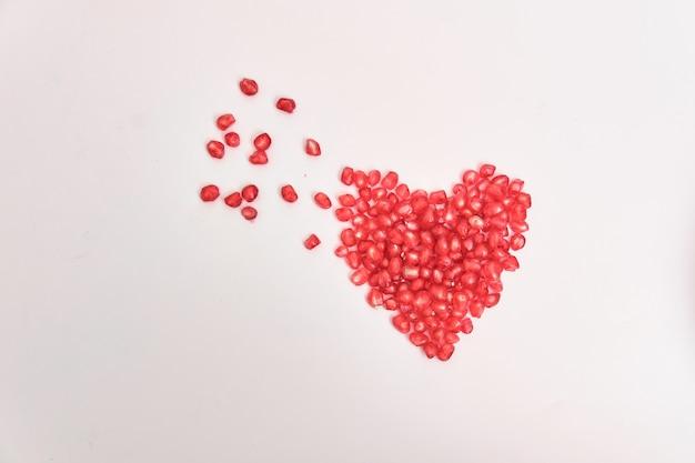 赤いザクロの種子