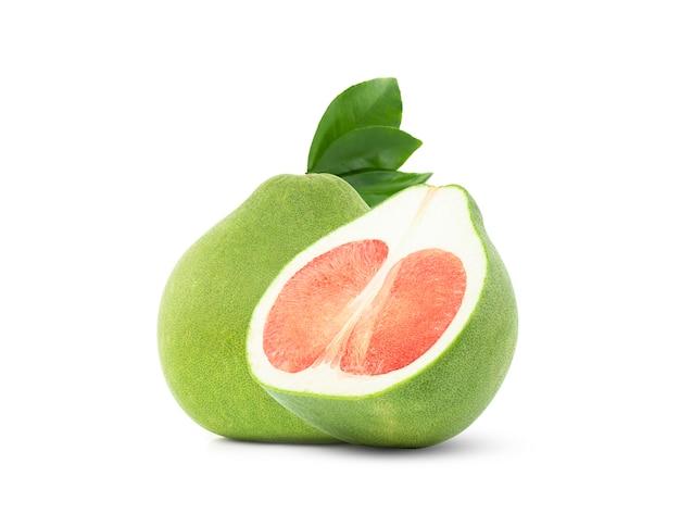클리핑 패스, 태국 화이트 절연 잎 붉은 포멜로 시암 루비 pomelo 과일입니다.